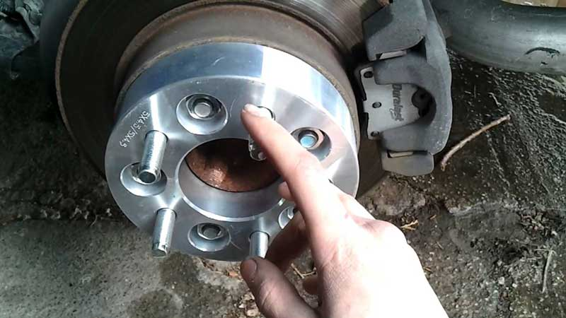 How-to-Install-a-Wheel-Spacer-On-Your-Own